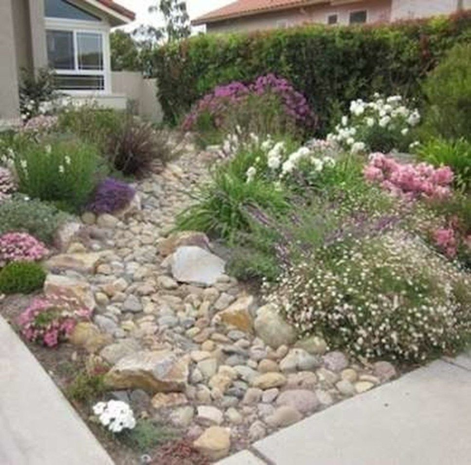 26 Fabulous Garden Decorating Ideas With Rocks And Stones: Simple Rock Garden Decor Ideas For Front And Back Yard 21