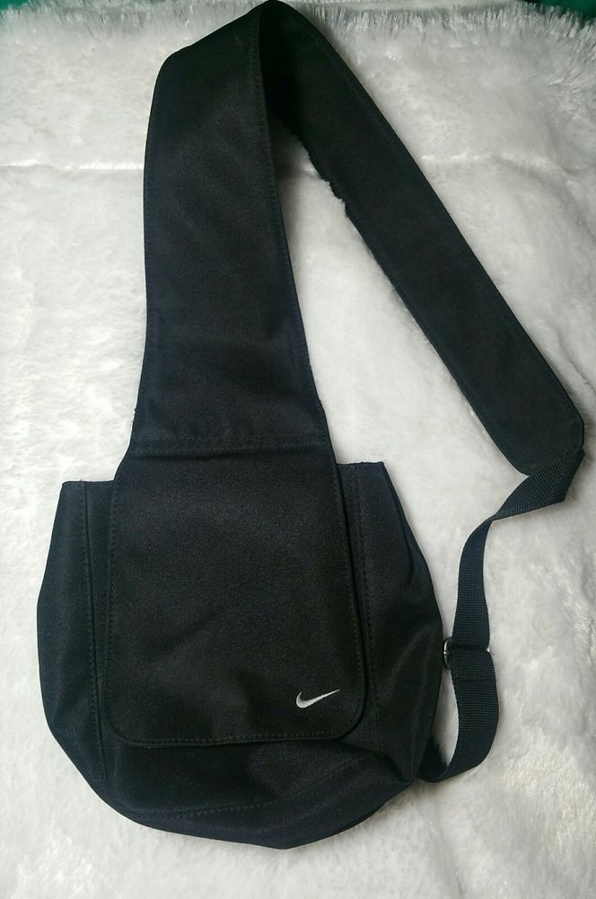 NIKE Small Crossbody Sport Sling Bag Purse Lightweight Black Adjustable  BackPack  2e1d410d7