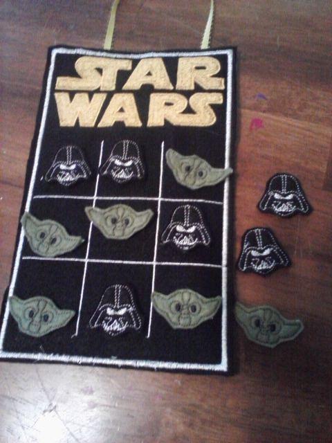 star wars tic tac toe board feutrine pinterest couture enfant star wars et jeux. Black Bedroom Furniture Sets. Home Design Ideas