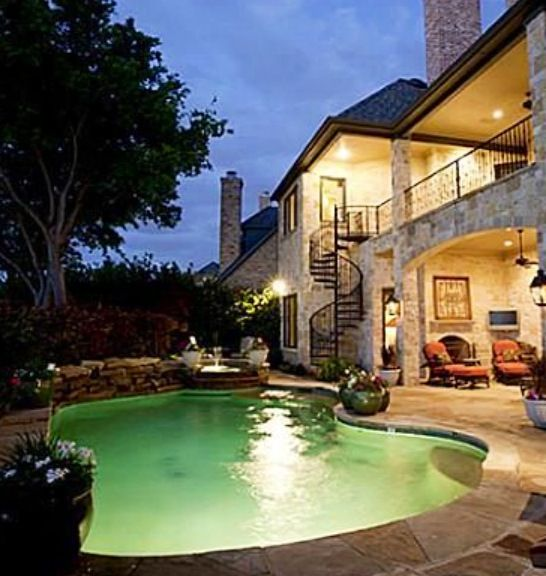 Best Spiral Staircase Down From Balcony To Pool Area With 640 x 480