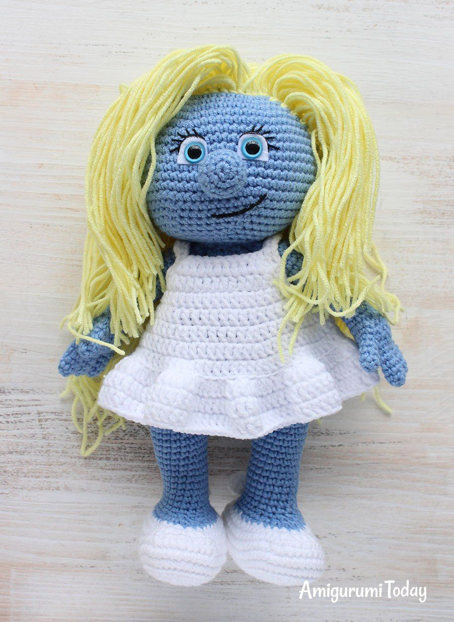 Free smurfette amigurumi pattern bambolepupazzi e altro let your mind wander into the fancy world of the smurfs with this super soft crochet smurfette use our free smurfette amigurumi pattern to create the bankloansurffo Image collections