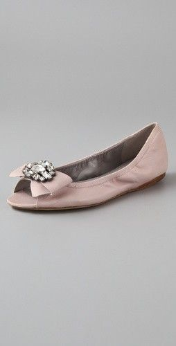 022cbf77d www.weddbook.com everything about wedding ♥ Fashionable and Comfortable  Wedding Shoes