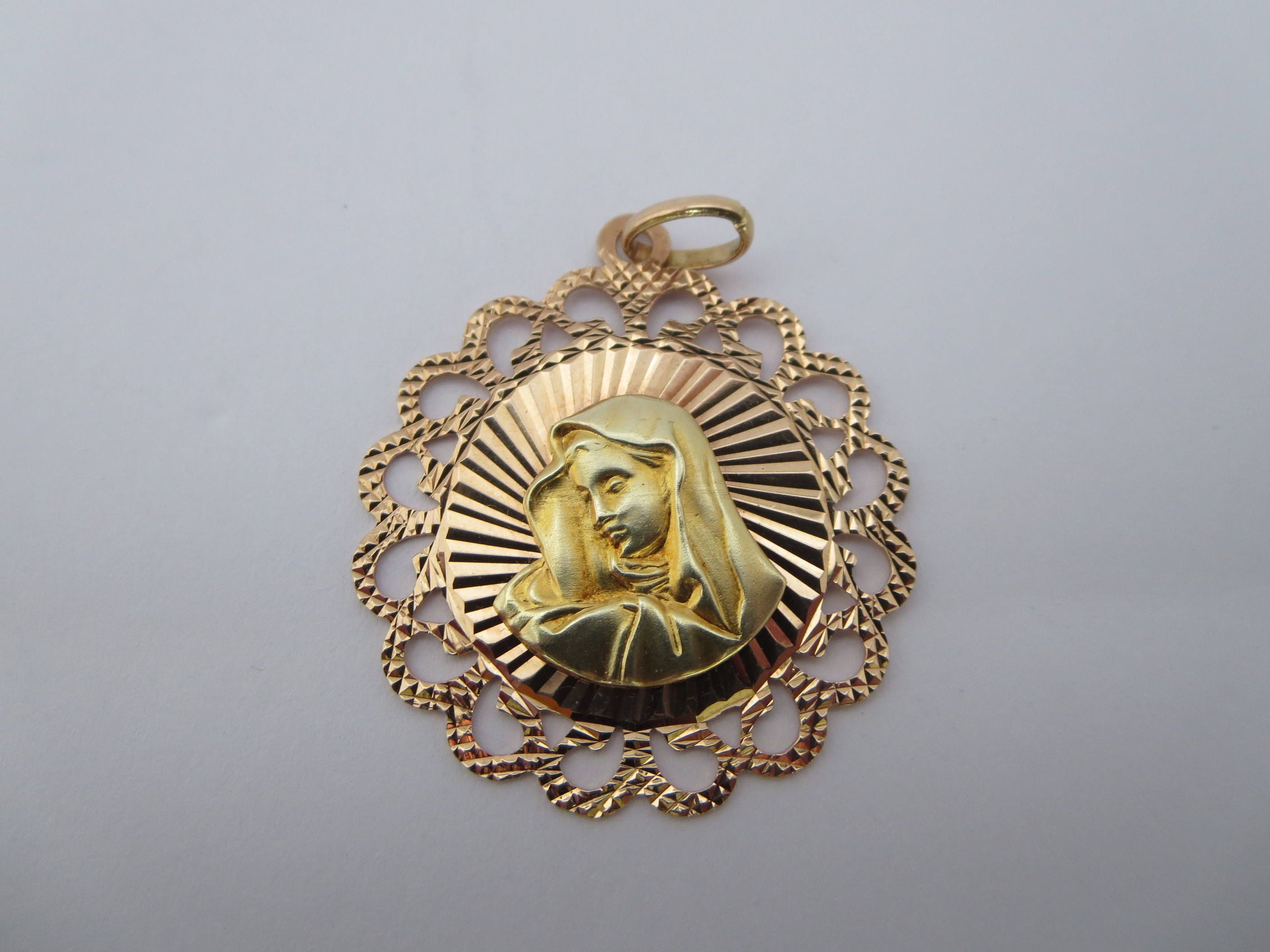 karat free yellow today shipping virgin medallion gold jewelry pendant mary watches charm oval product overstock