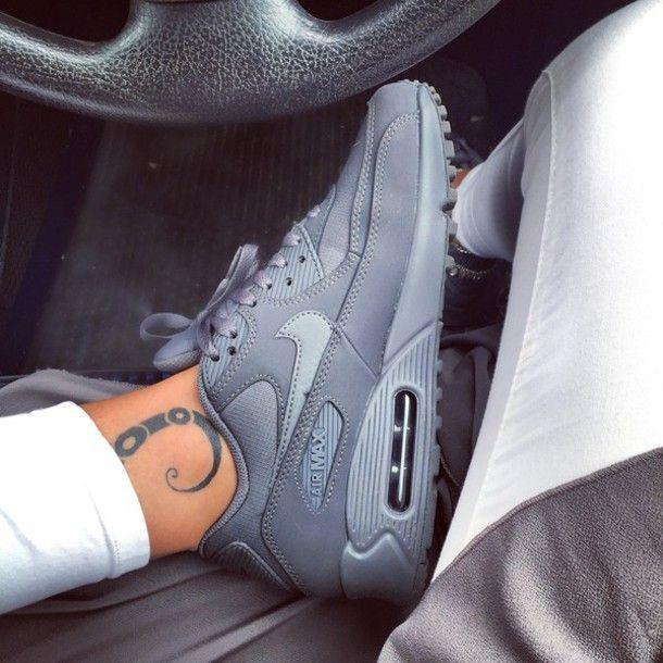 @slimjimshay✨   zapatos   Pinterest   Nike shoes cheap, Nike shoe and Nike  jordan shoes