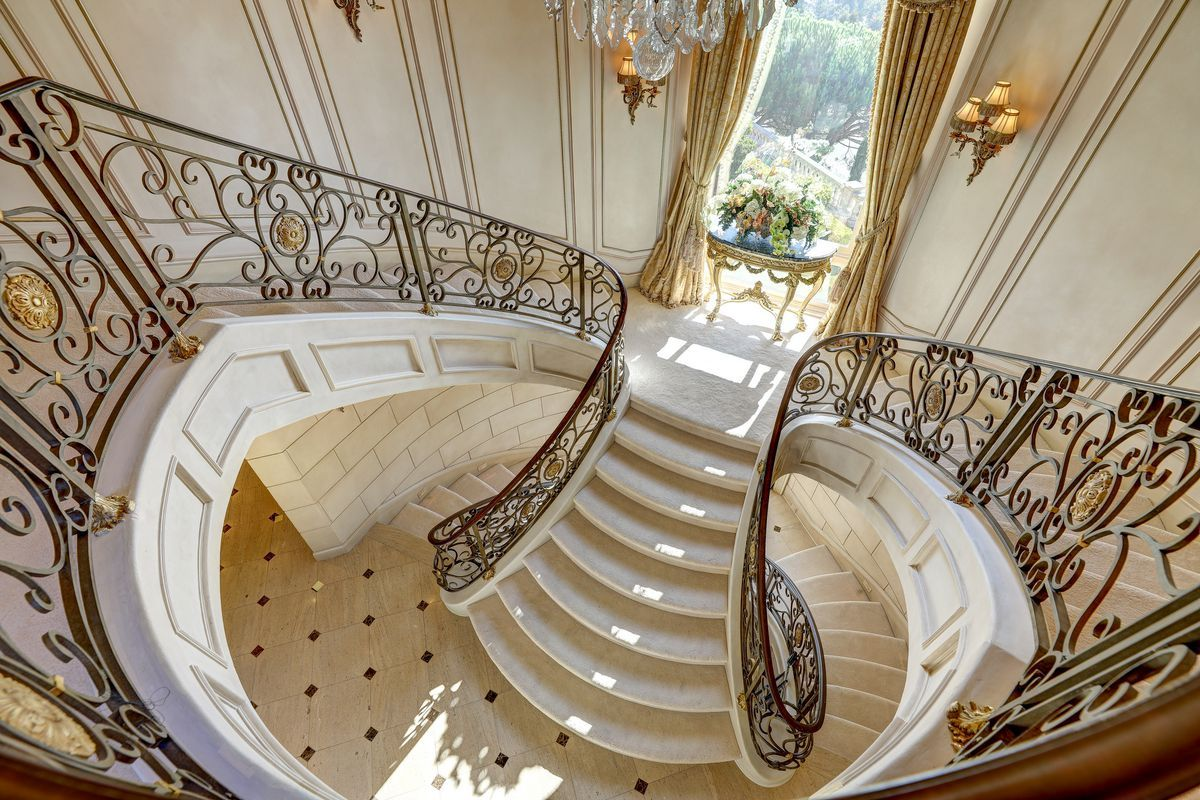 Highly Detailed Bifurcated Staircase Staircase Design Stairs