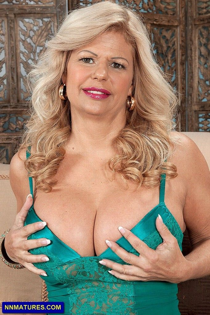 Big Tit Chubby Blond: Big Chubby Porn Video e0 - xHamster de