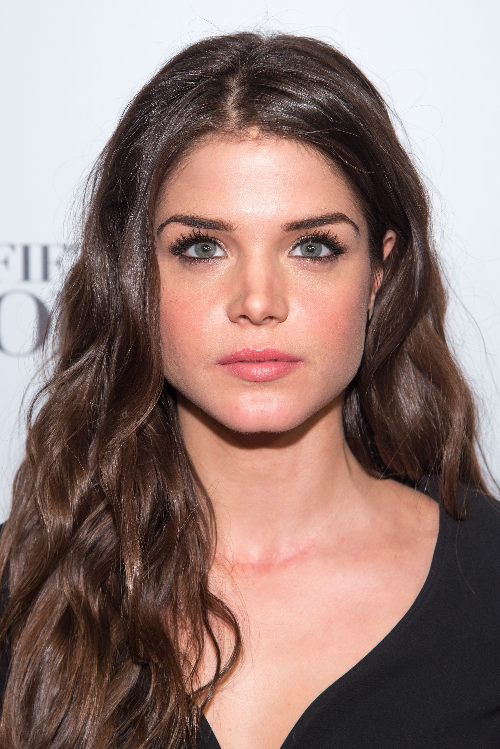 marie avgeropoulos - P...