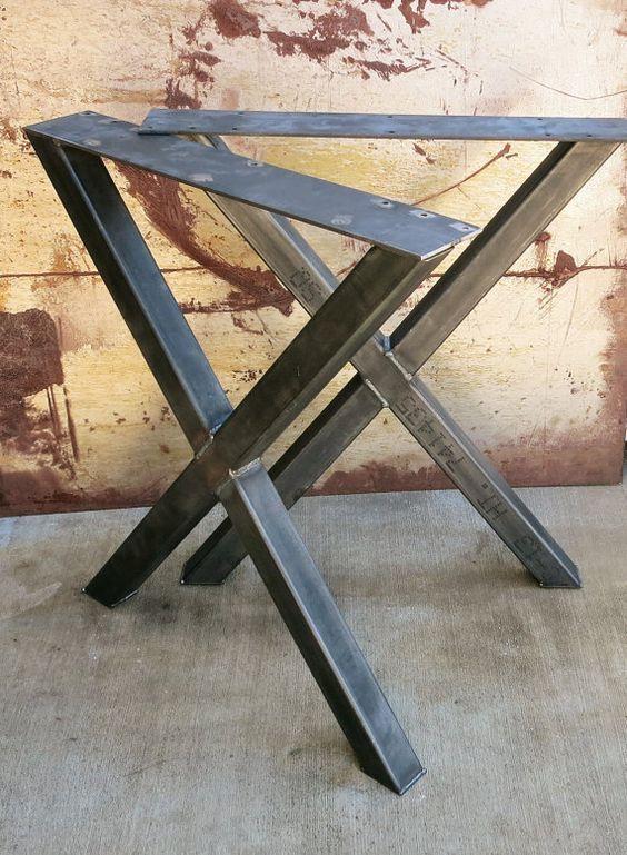 x forme pais industrielles en m tal table pieds en 2 x 2. Black Bedroom Furniture Sets. Home Design Ideas