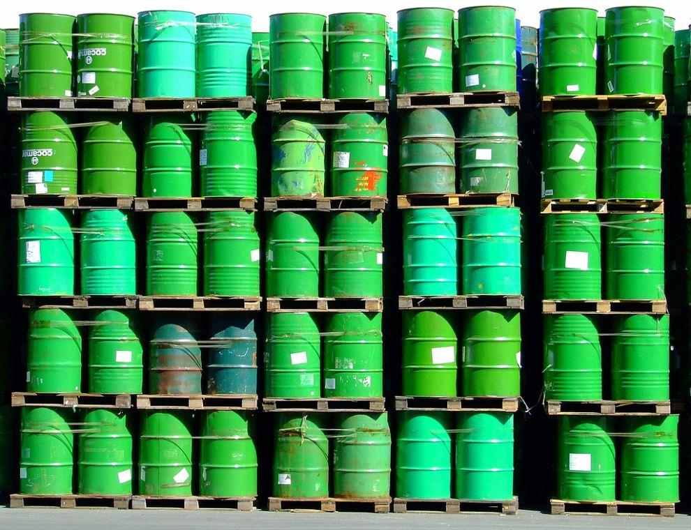 green oil - green