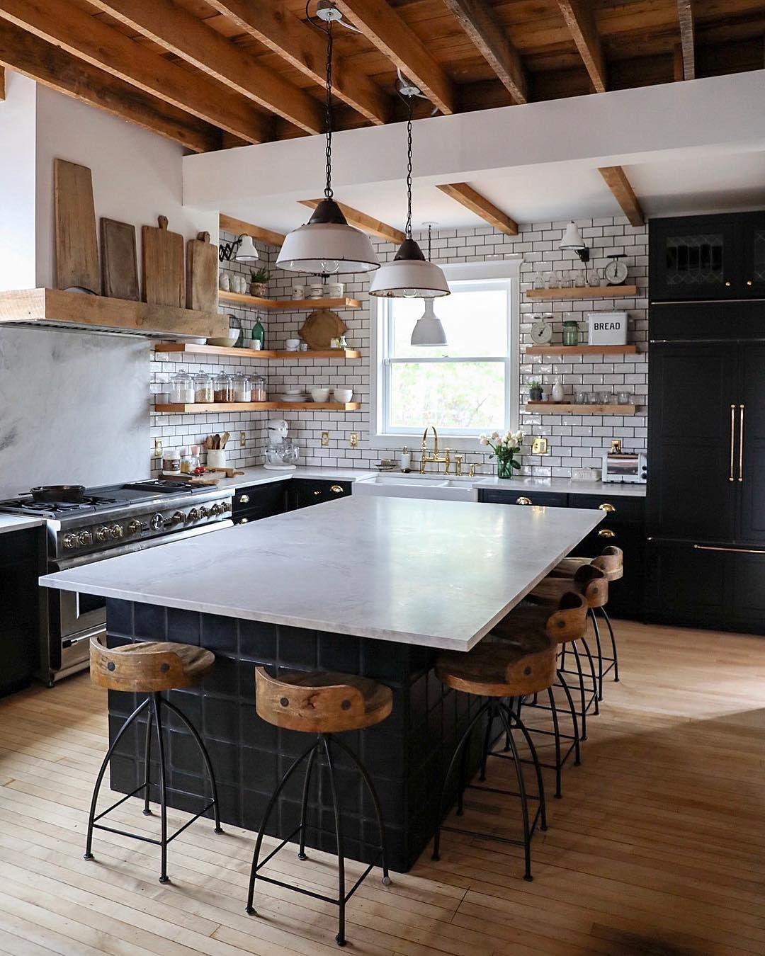 Lucy Rose On Instagram Good Morning Enjoying This Mini Heat Wave Before The Snow Comes In Tomo Home Kitchens Kitchen Inspirations Kitchen Dining Room