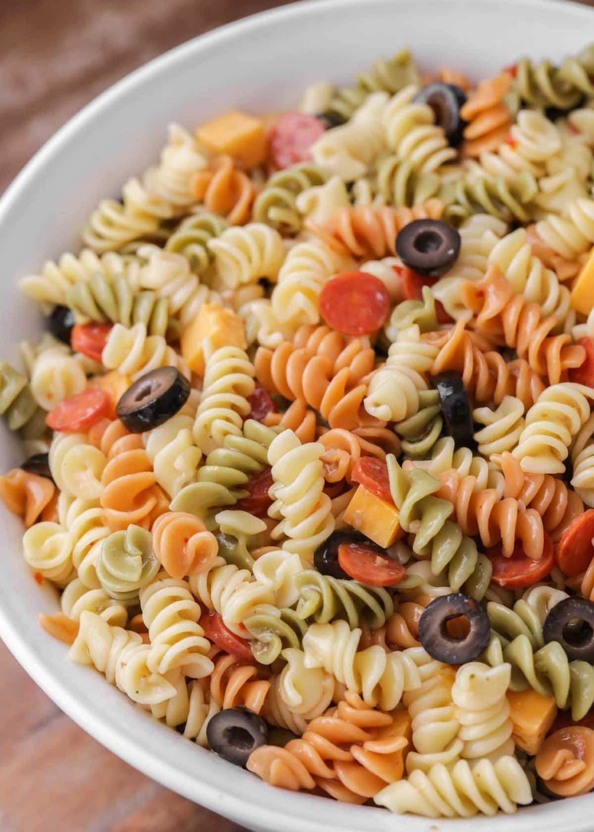 Easy Pasta Salad Recipe With Italian Dressing Video Lil Luna Recipe Easy Pasta Cold Pasta Salad Recipes Pasta Salad Recipes
