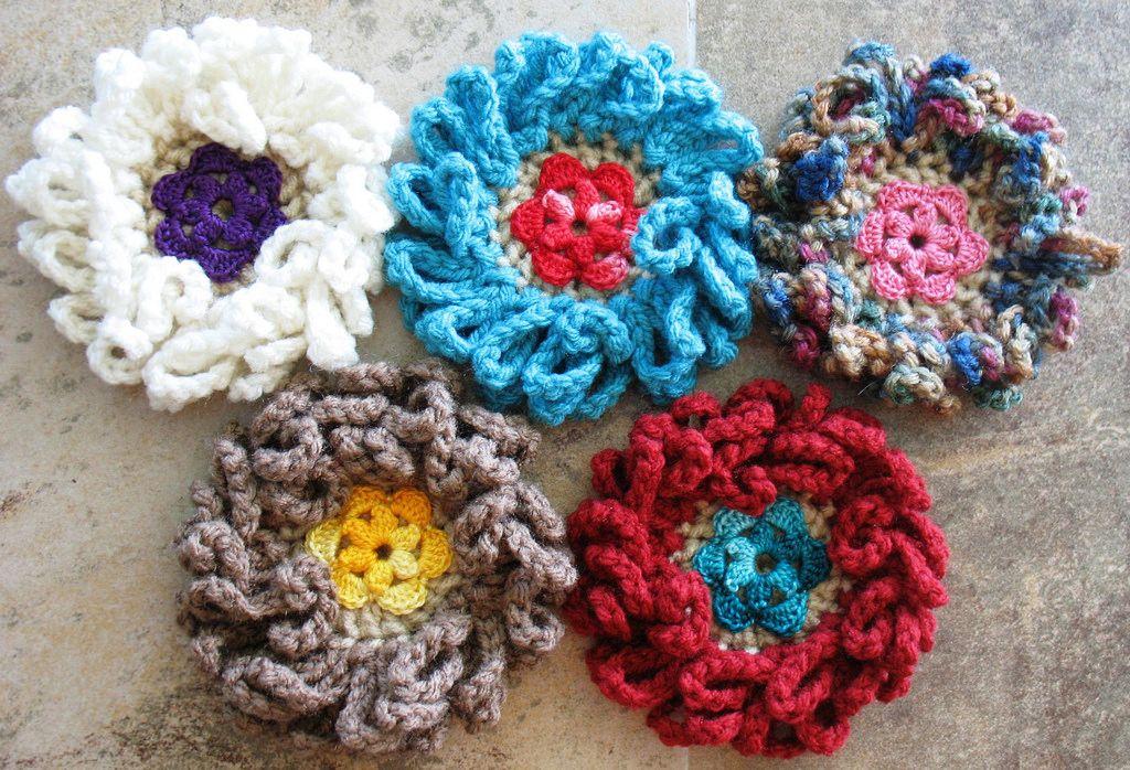 Loopy Daisy Flower Resurrected - Now they\'re Popin | Crochet pattern ...
