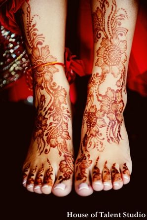 Indian Wedding Henna Feet Legs Mehndi Artists Best Bridal Mehndi