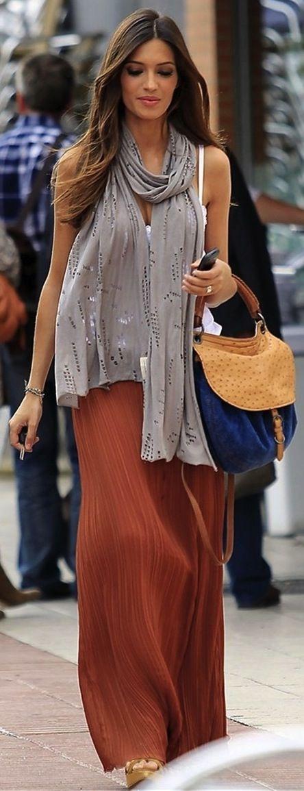 Sara carbonero full body other styles pinterest falda ropa y faldas largas - Sara carbonero ropa vogue ...