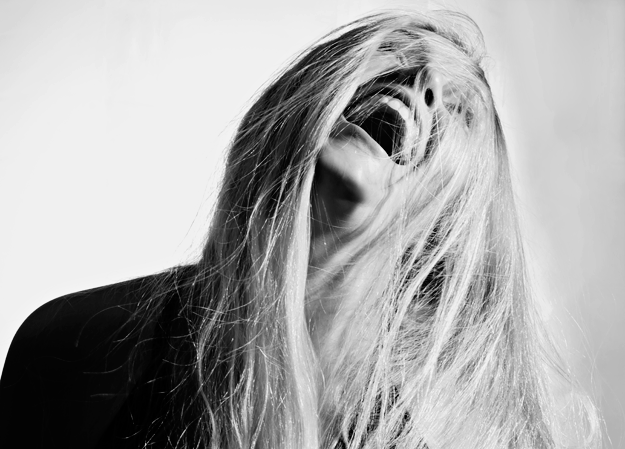 lachen ist das schönste der Welt... schwarz weiss Portrait ...