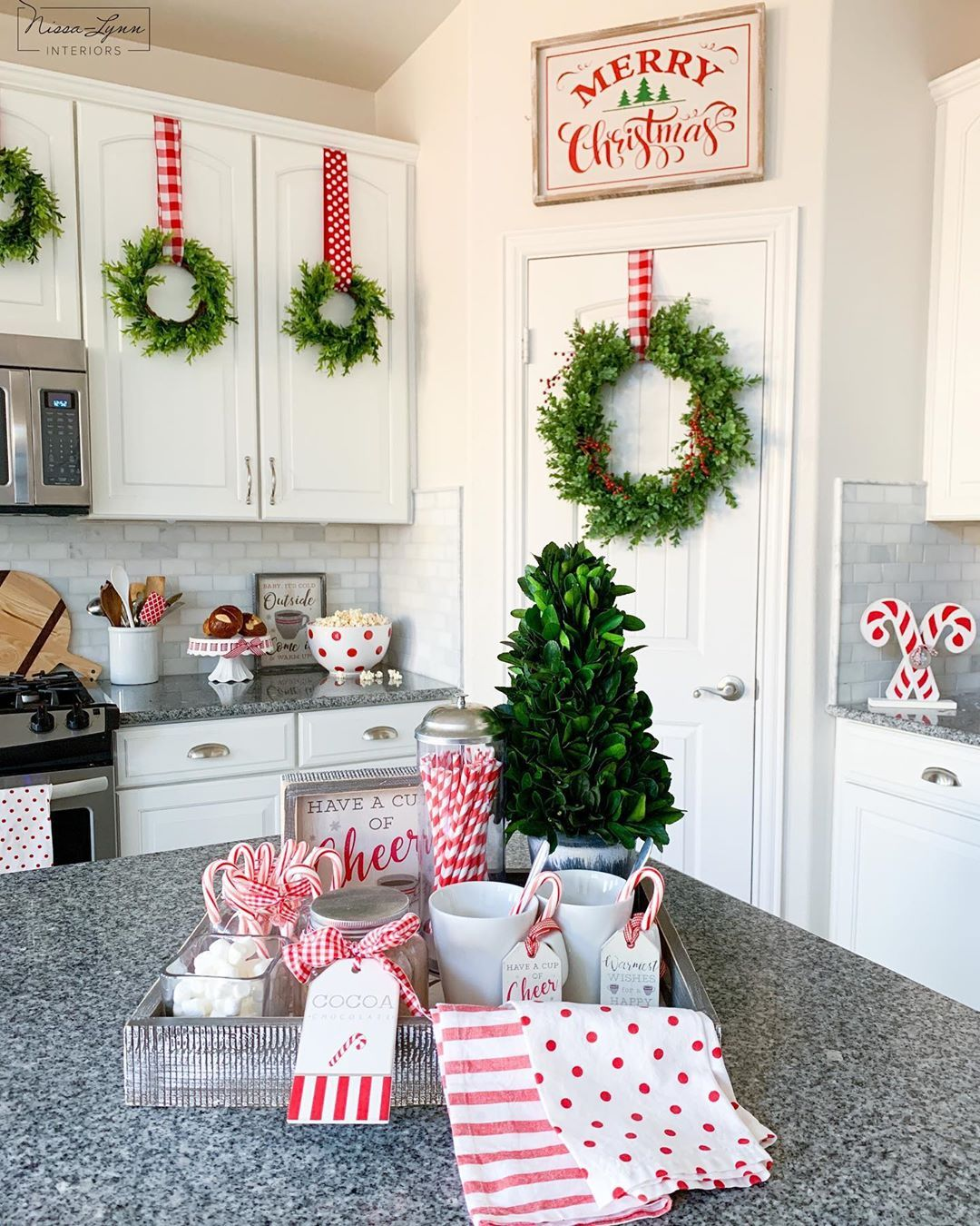 Nissa Lynn Parson On Instagram It Feels Like Christmas In The Kitchen Putting These Wr Christmas Kitchen Decor Fun Christmas Decorations Christmas Decor Diy