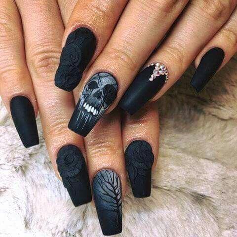 Goth nails - Gothic Halloween Nails Halloweenee Pinterest Gothic Halloween