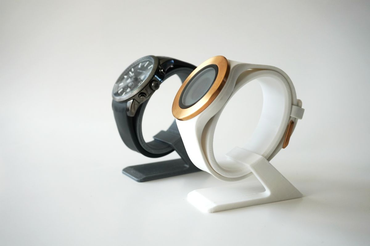 This uniquely designed wrist watch stand will allow your time piece to become a displayable work of art that you can show off around your house when you don't have it on your person. It's a great way to make sure your watch is in plain sight and won't lost in a dreamer.