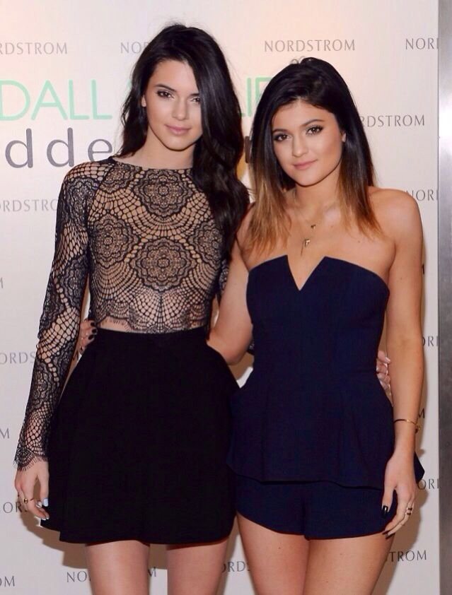 Kendall& Kylie Jenner
