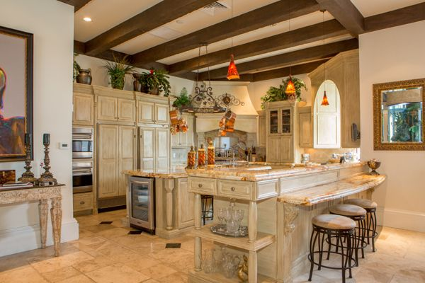Kitchen ceilings 10 foot you step through the 10 double for House plans with gourmet kitchens