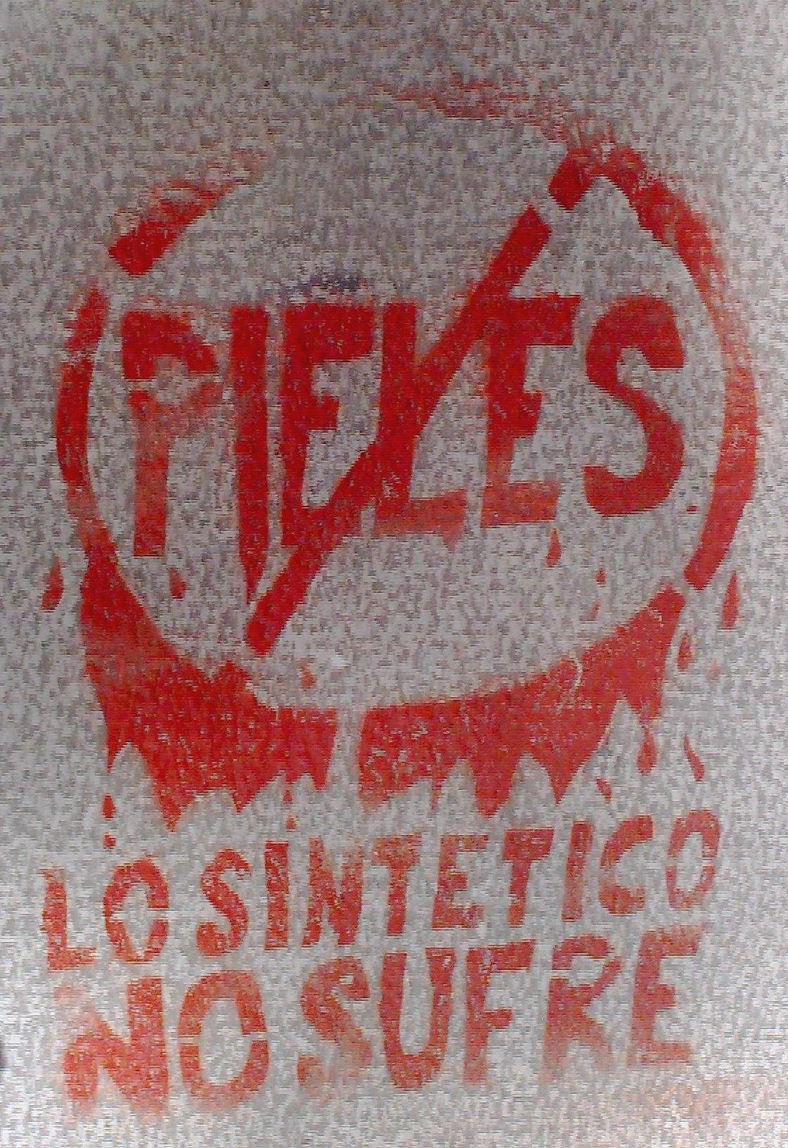 Synthetics Furs Don't Suffer - No Fur! - Don´t buy fur. You´re not a caveperson / No compres piel. No eres un ser de las cavernas