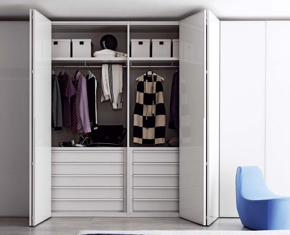 Awesome Bifold Closet Doors Design For Easier Move Chic