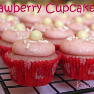 http://kitchenrunway.com/sprinkles-strawberry-cupcakes/
