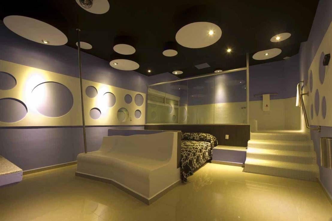 Encuentra las mejores ideas e inspiración para el hogar. Hotel Ke Color por DIN Interiorismo | homify