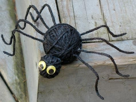 Yarn spider Halloween Craft Ideas Pinterest Craft, Holidays - homemade halloween decoration ideas for yard