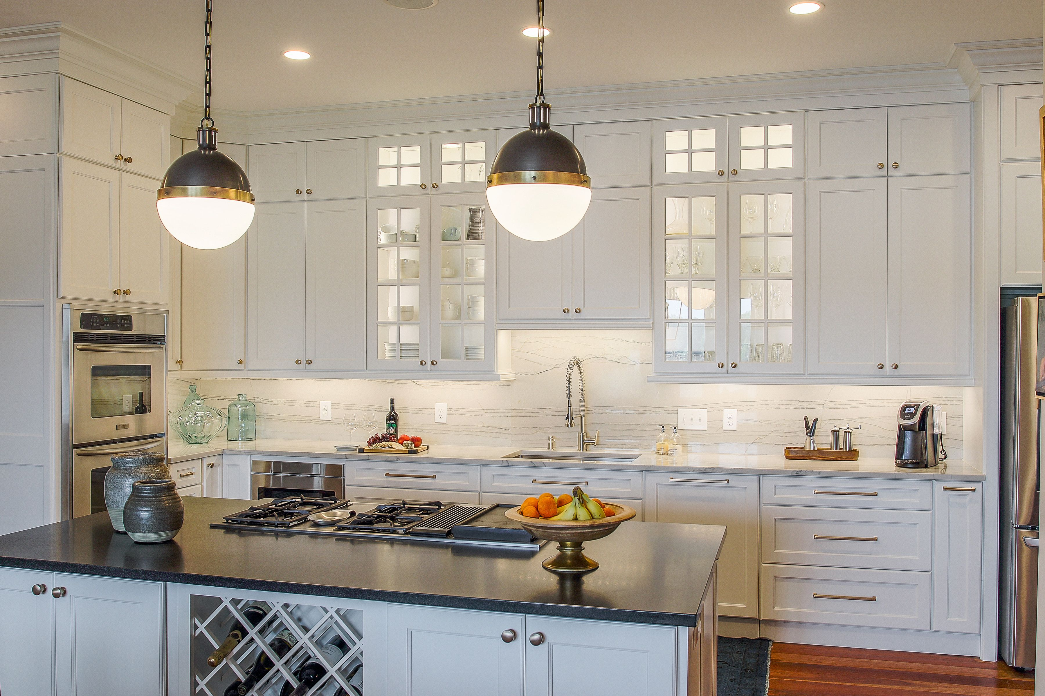 A kitchen where function meets style - it\'s almost too beautiful to ...