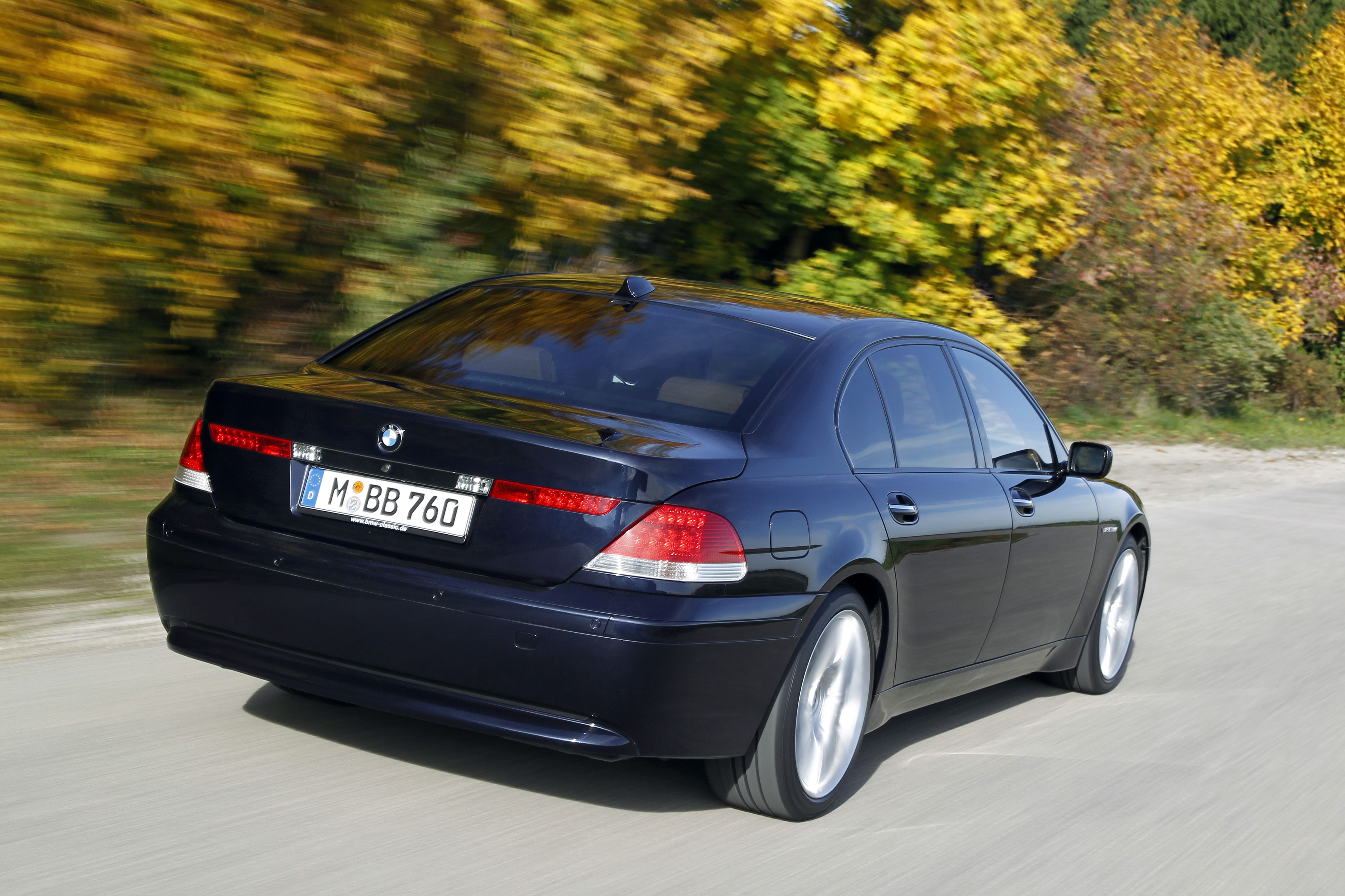 BMW 750iL E32  25 years of BMW 12cylinder engines  Pinterest