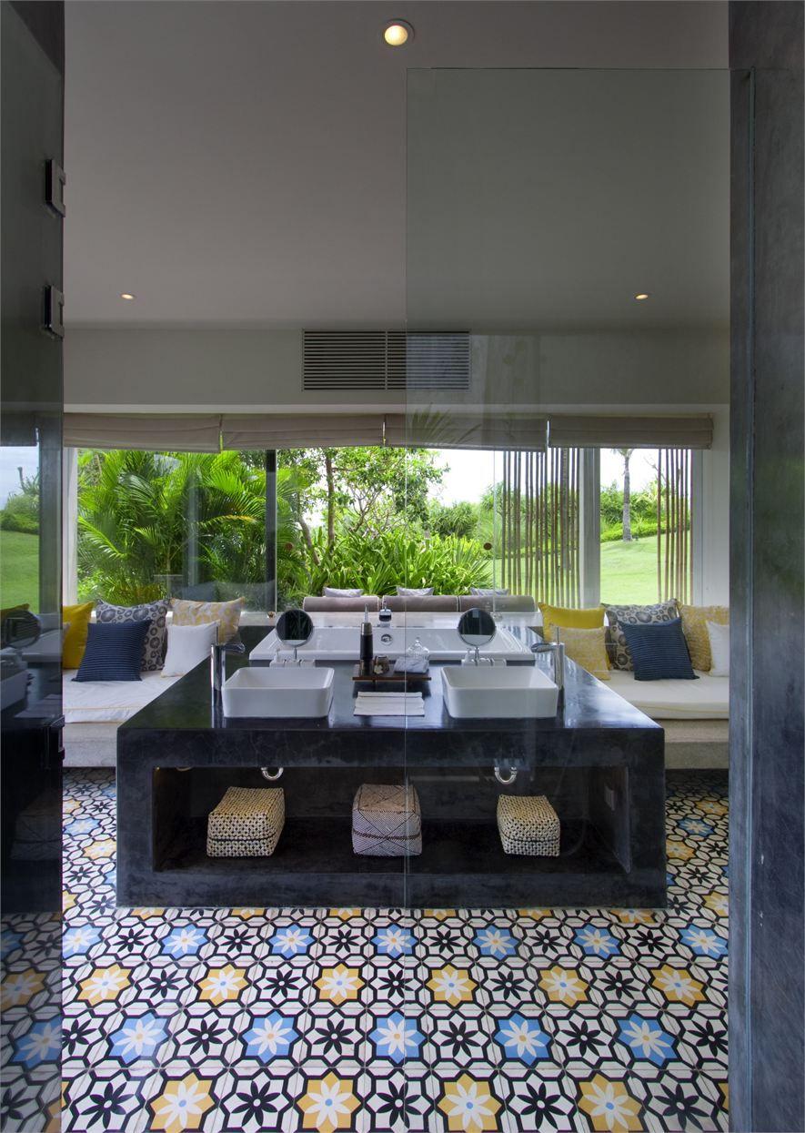 View Full Picture Gallery Of Villa Tantangan Design Ideas