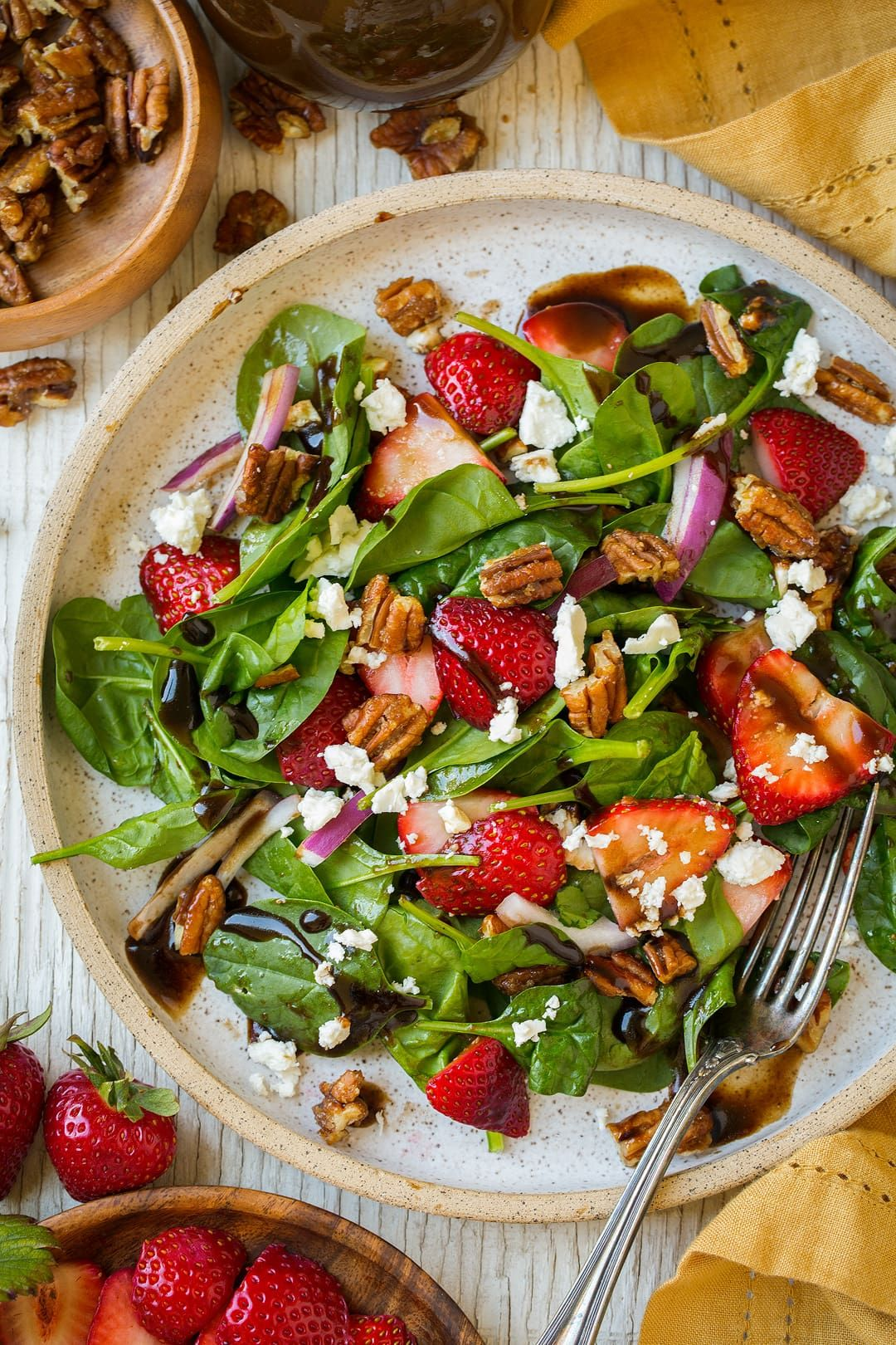 lettuce salad with strawberries - 736×1104