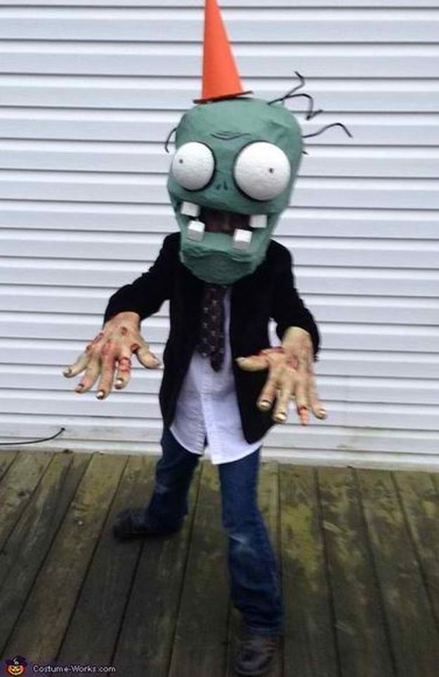 18 DIY Zombie Costume Ideas Diy costumes, Halloween parties and - halloween costume ideas boys