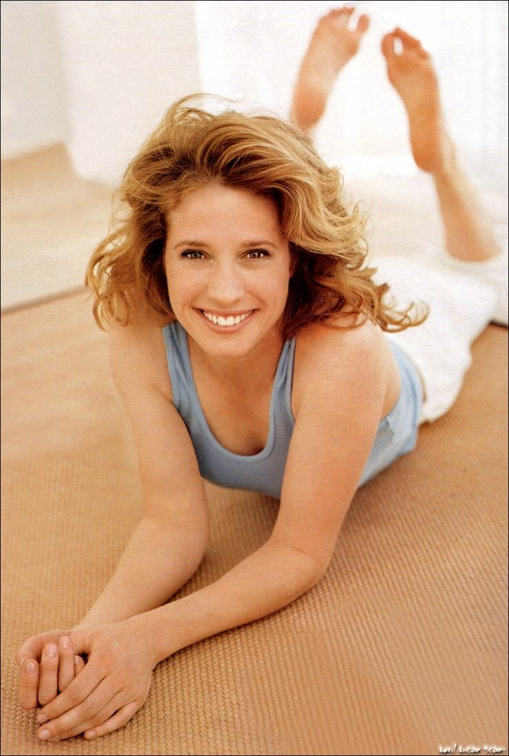 Nancy Travis ✾