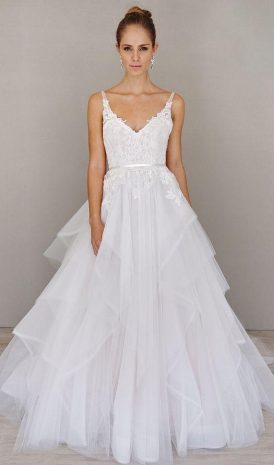 v-neck lace tulle wedding dress via Alvina Valenta - Deer Pearl ...