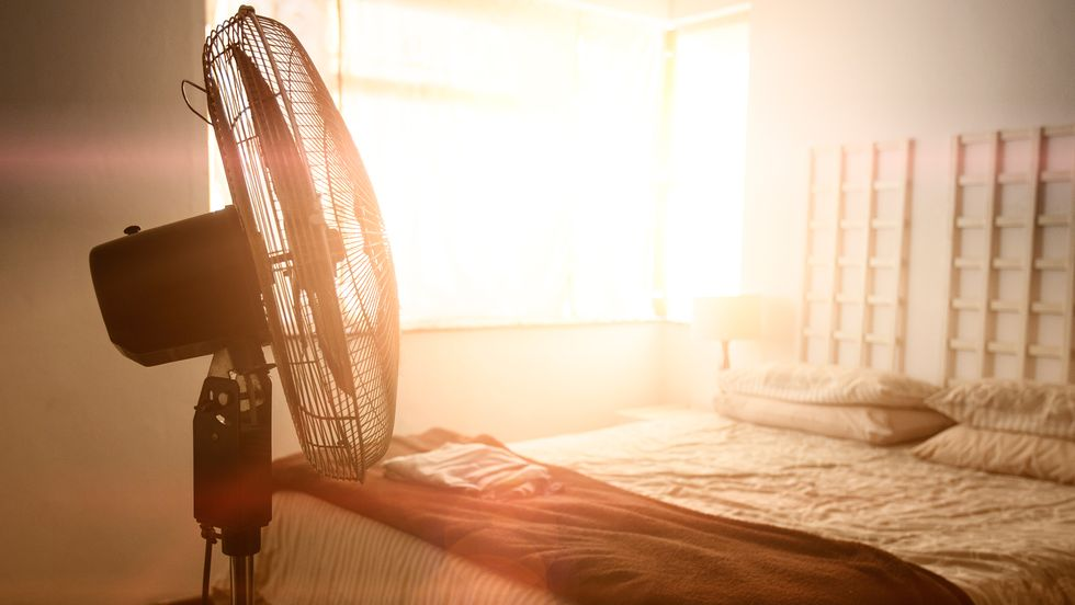 3 brilliant fan tricks to help cool your room during the