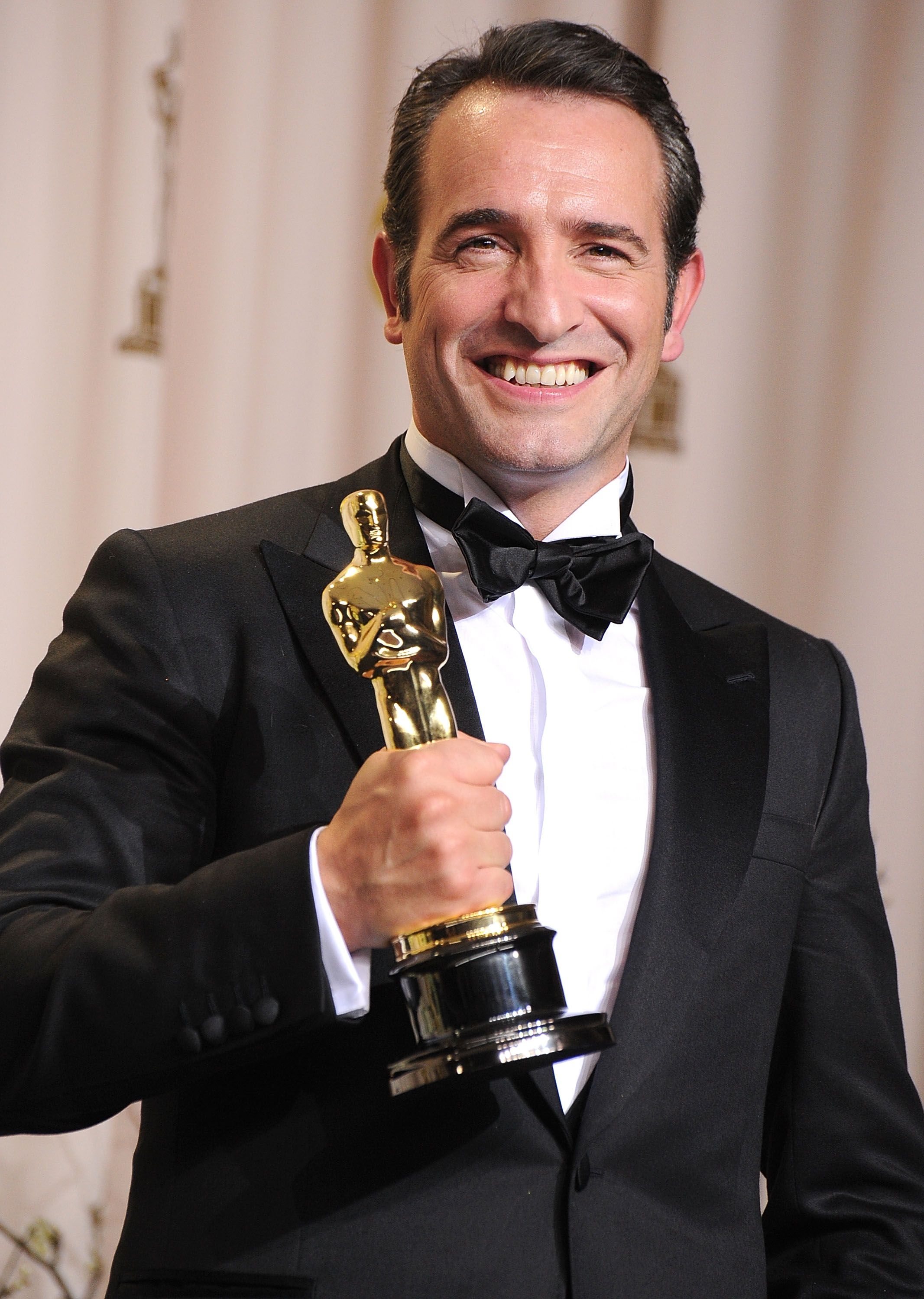 Jean dujardin welcomes a baby girl find out her cute for Jean dujardin info