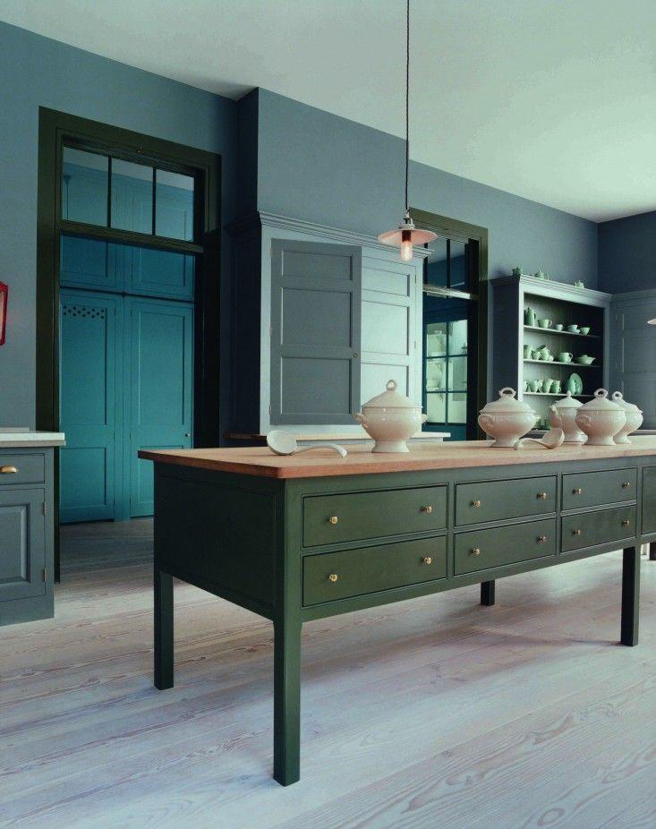 Best Plain English Dark Green Kitchen Simple Kitchen Design 400 x 300