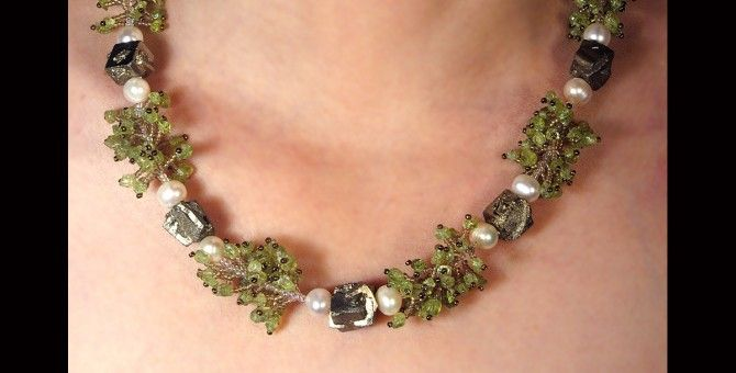 Pirite and peridot necklace N661