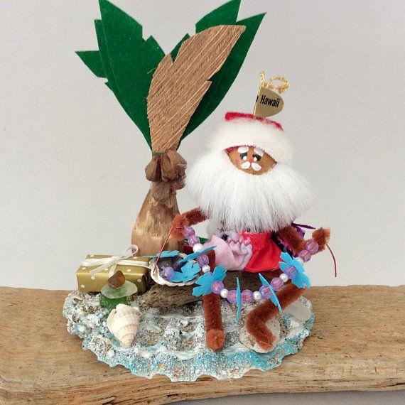 Hawaiian Christmas - Hawaiian Santa - Leimaker - sea glass - Hawaii