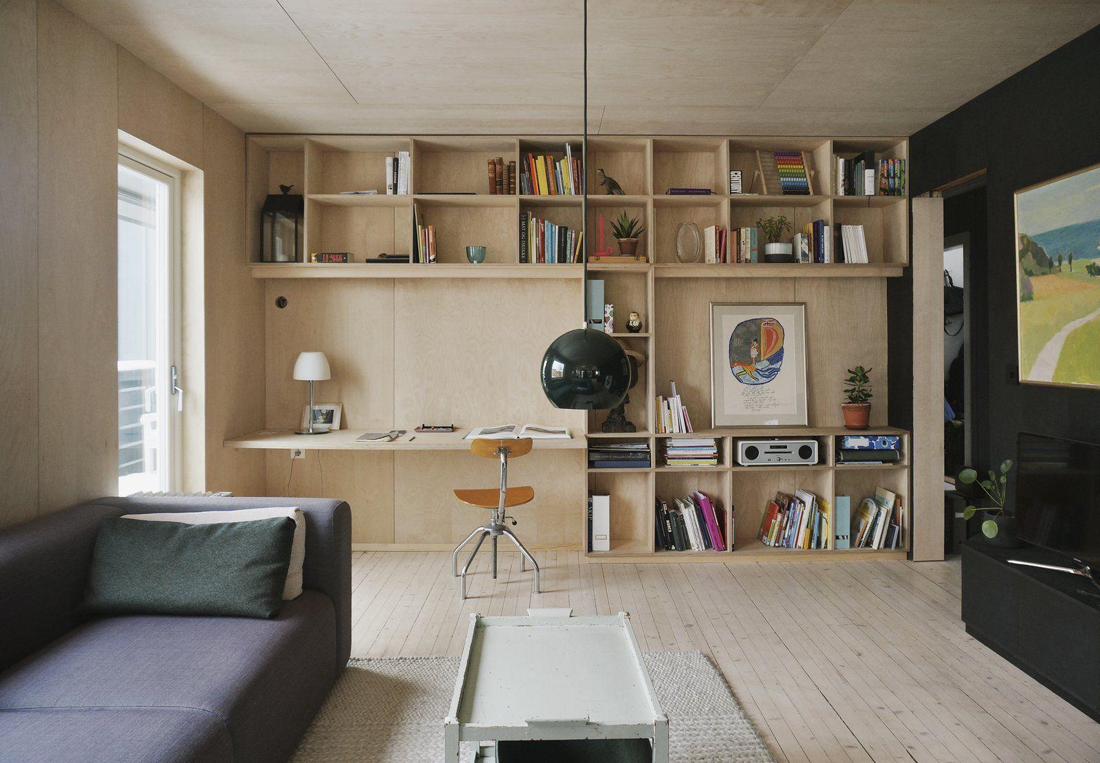 Binnenkijker Joanna Laajisto : A renovated apartment in norway with a dreamy loft study corner
