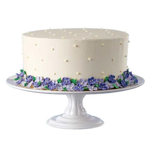 Quiet Violets Cake - Experienced decorators always keep an ...