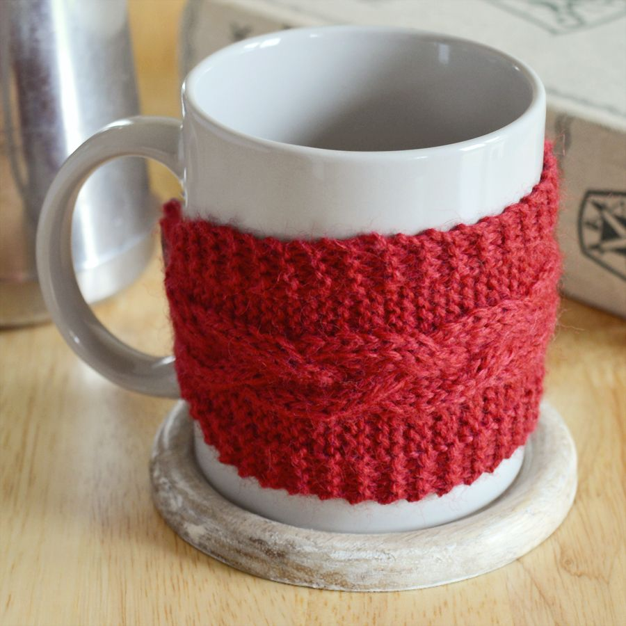 Free pattern for a braided cable mug cosy | Crafting ...