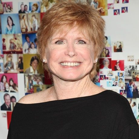 Bonnie Franklin's short do looks great!  I really like this style!  ♥