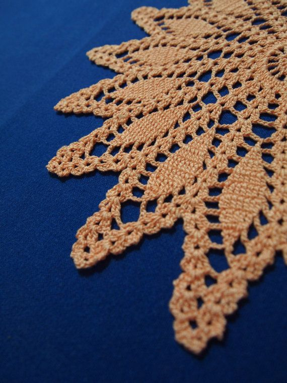 Nice crochet doily with starpattern by Handicraftshed on Etsy 6,00 €
