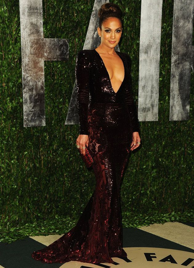 586e8028147 Jennifer Lopez s Best Red Carpet Looks