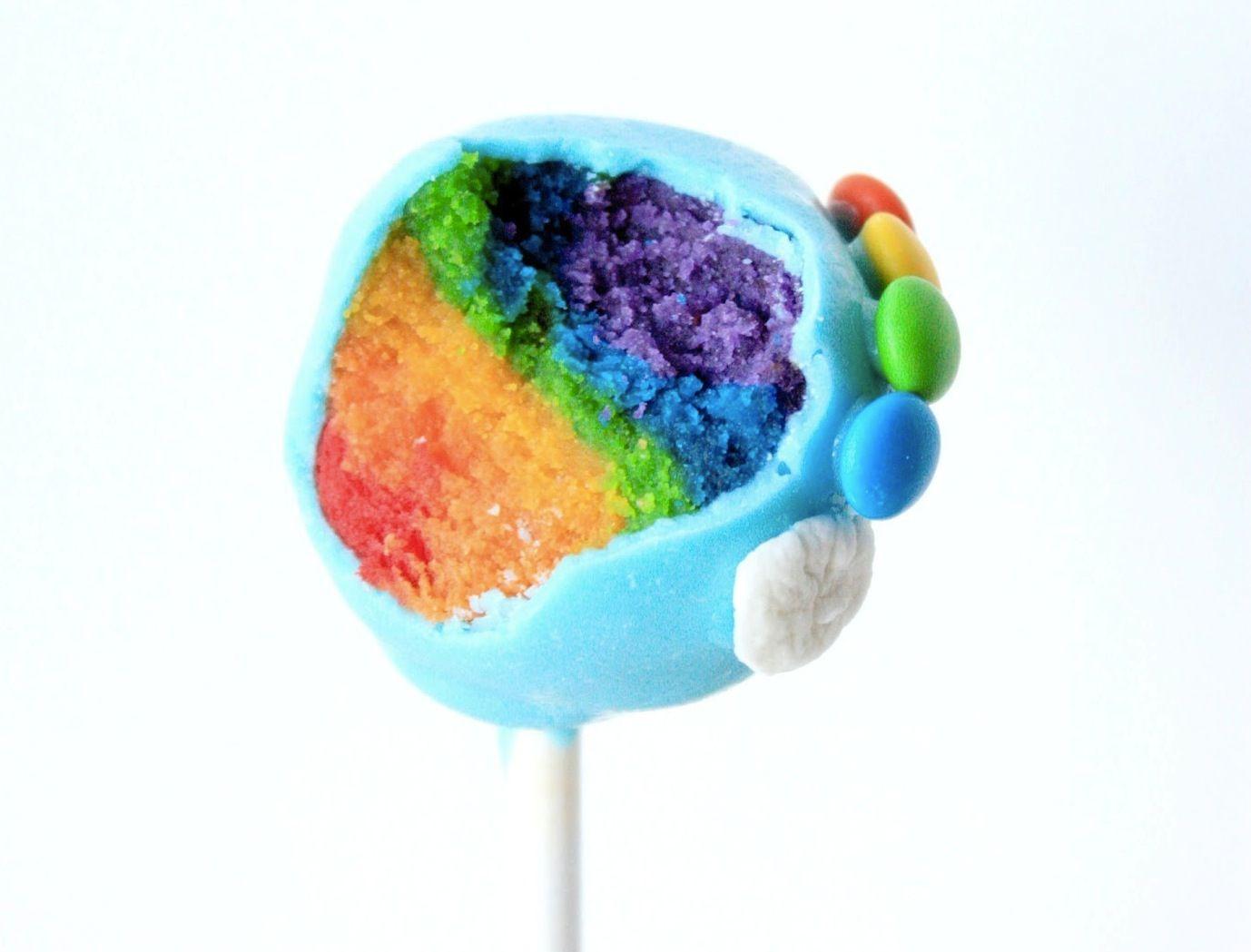 Rainbow cake pops are a technicolor treat in 2020