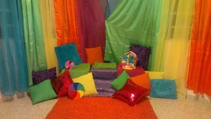 Candyland decoration for photo shooting #candylanddecorations Candyland decoration for photo shooting #candylanddecorations