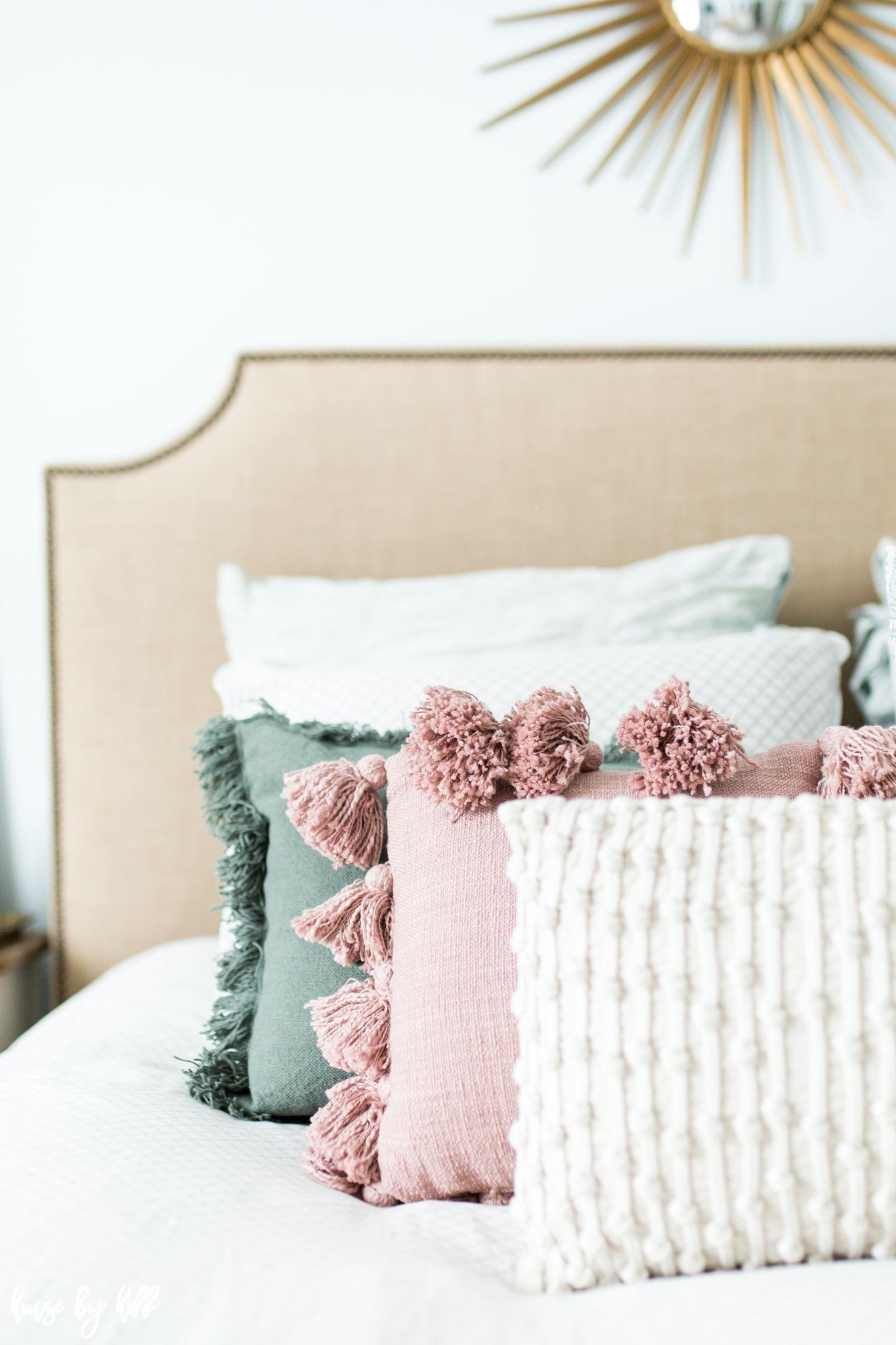 throw pillows bedroom